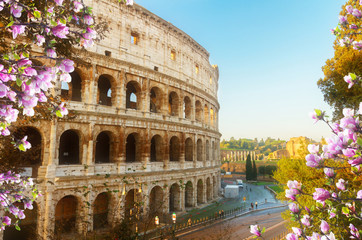 close up view of Colosseum building in Rome at spring day, Italy Fototapete
