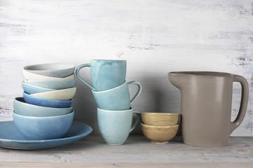 Ceramic dishware set