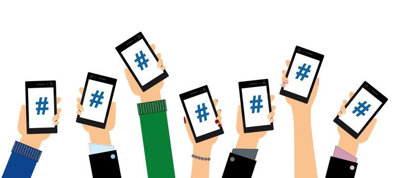 Personen zeigen Hashtags auf ihren Smartphones