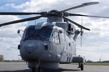Hélicoptère Merlin de la Royal Navy
