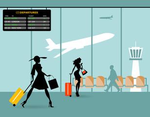 Terminal passeggeri in aeroporto e sala d'attesa. Arrivi e partenze internazionali. Silhouette di bella hostess e signora che cammina
