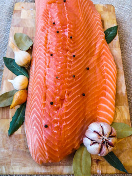 salmon filet with bay leaf and spices