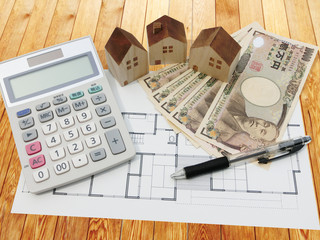 residence estimate calculator wooden background