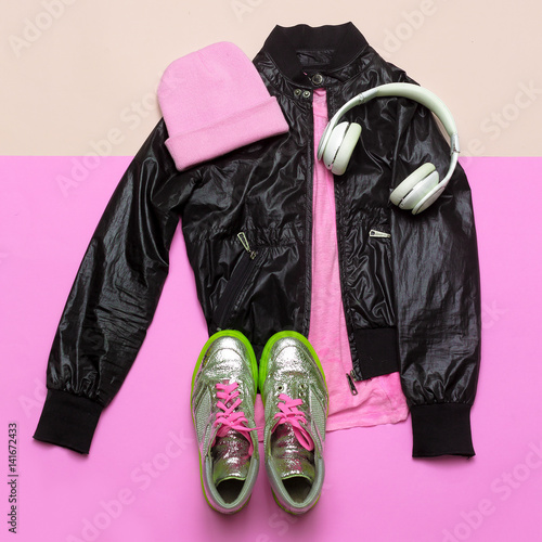 Swag Urban Outfit Girl Stylish Black Clothes And Bright