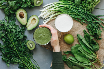 green food delicious soup smoothie