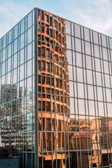 Reflets dans le quartier de la Part-Dieu à Lyon