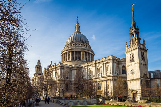 London, England - The famous St.Paul's Cathedral, an Anglican cathedral, the seat of the Bishop of London on a sunny spring day with blue sky
