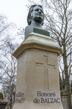 Tombe d'Honoré de Balzac / Cimetière du Père Lachaise / Paris