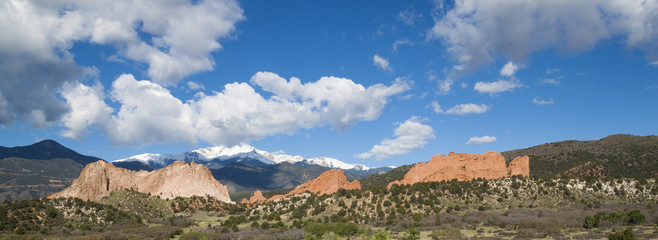 Colorado Springs Garden of the Gods Pikes Peak