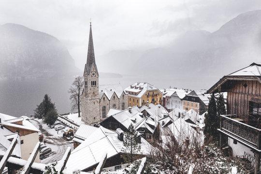 village mystérieux II