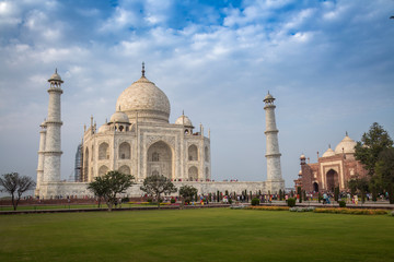Wall Mural - Taj Mahal India - A white marble mausoleum built on the banks of river Yamuna by Mughal emperor Shah Jahan. A UNESCO World heritage site.