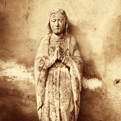 Statue Of Virgin Mary (ancient statue)