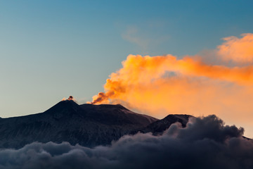 Fond de hotte en verre imprimé Volcan Italien, Sizilien, Vulkan Ätna