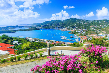 Foto auf Leinwand Karibik Caribbean, St Thomas US Virgin Islands. Panoramic view.