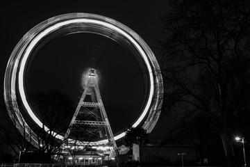 Wiener Prater Riesenrad in schwarz-weiß