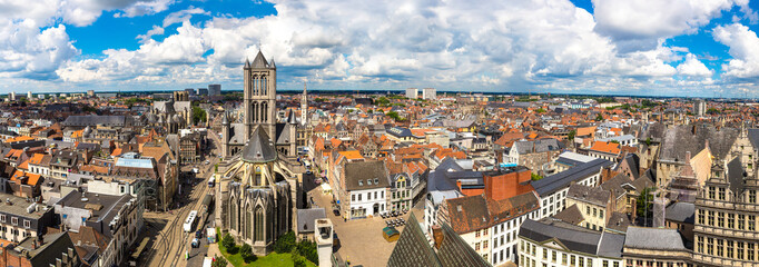 Wall Mural - Panoramic view of Gent