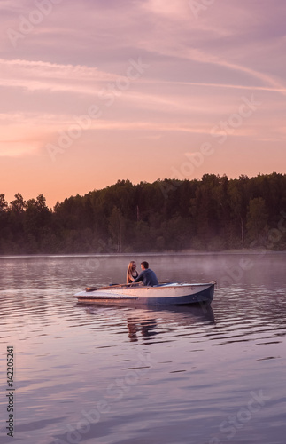 Boating Friends Date - Free Dating for Single Sailors & Boaters