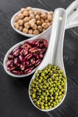 Door stickers Aromatische mix of beans on wooden table
