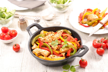 chicken fillet fried with bell pepper