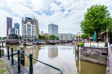 Photo sur Aluminium Rotterdam Alter Hafen in Rotterdam, Holland