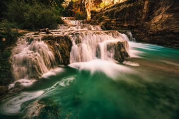 Fototapete - Stunning cascading waterfalls