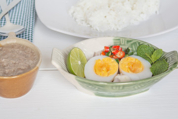 boiled eggs spicy and rice
