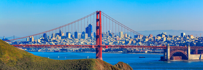 Panorama of the Golden Gate bridge and San Francisco skyline