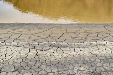 Mud Cracked Pattern