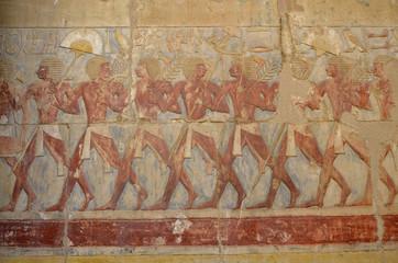 Relief im Totentempel der Hatschepsut in Theben