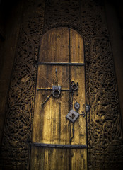 Stare drzwi, kościół klepkowy, Norwegia