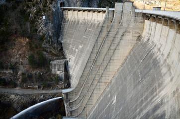 Photo sur Plexiglas Barrage Mountain dam Panta de Cavallers
