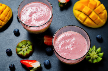 Blueberry mango strawberry kiwi banana greek yogurt smoothies