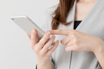 携帯電話を使う女性、ビジネス、