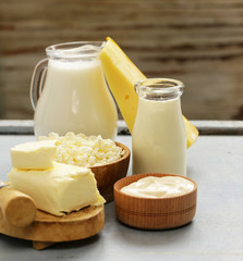 Foto op Canvas Zuivelproducten Dairy products - cheese, butter, milk
