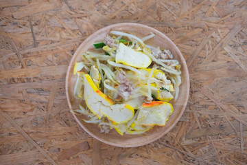 Stir-fried bean sprout with yellow tofu