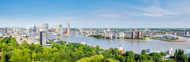 Panorama; Hafen und Erasmusbrug in Rotterdam, Holland