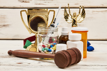 Medicines, awards and hammer. Doping in sport and law.