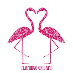 Coppia di fenicotteri rosa, fenicottero geometrico, composizione di polygoni rosa sullo sfondo bianco