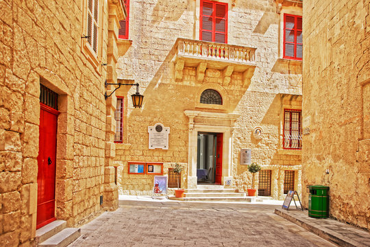 Street view on Palazzo de Piro in Mdina