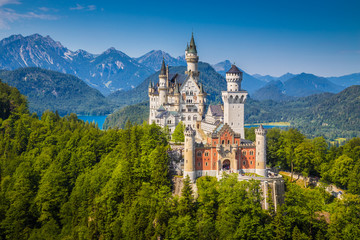 Schloss Neuschwanstein in summer, Bavaria, Germany
