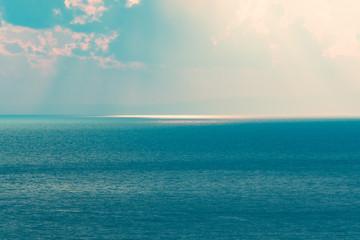 幻想的な海のイメージ / 淡い記憶