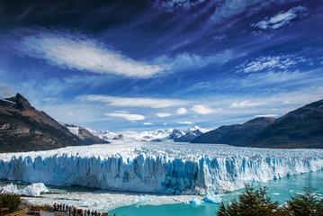 Staande foto Gletsjers The Perito Moreno glacier in Glaciares National Park outside El Calafate, Argentina