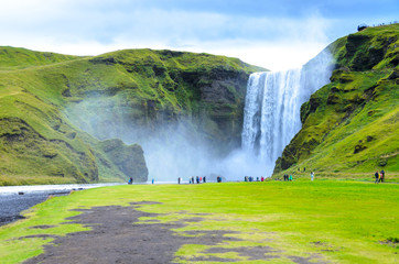 Foto auf Leinwand Wasserfalle Skogafoss - huge waterfall in the south of Iceland