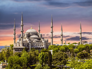 Blue mosque at sunset (Sultanahmet), Istanbul, Turkey