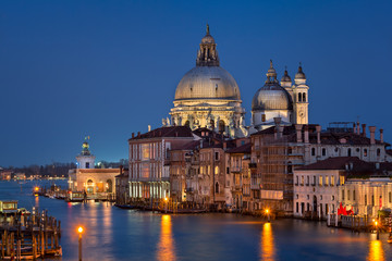 Fototapete - Santa Maria della Salute Church in the Evening, Venice, Italy