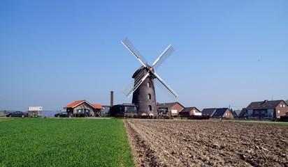 Fotorolgordijn Molens Turmwindmühle im Isselburger Ortsteil Vehlingen