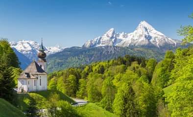 Wall Mural - Church of Maria Gern in springtime, Berchtesgadener Land, Bavaria, Germany