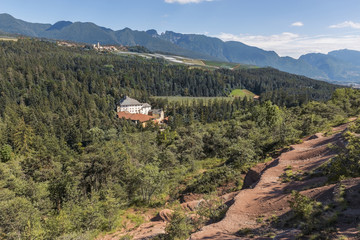 Italy, Trentino Alto Adige, Non valley, Bragher Castle see from red rocks.