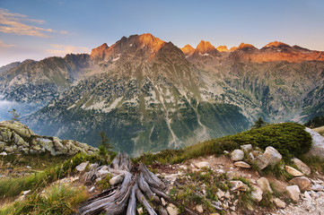 Italy, Piedmont, Cuneo District, Gesso Valley, Alpi Marittime Natural Park, the west wall dell'Argentera at sunset