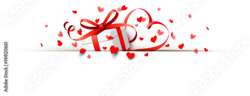 Geschenk Schachtel Mit Herzförmiger Schleife Und Herz Konfetti